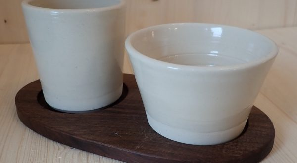 Pair of cups without a handle on a salver